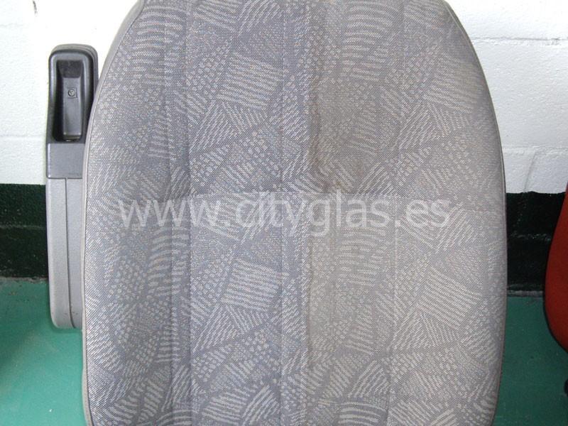 Limpieza en profundidad asiento coche